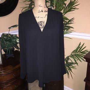Black pullover Blouse